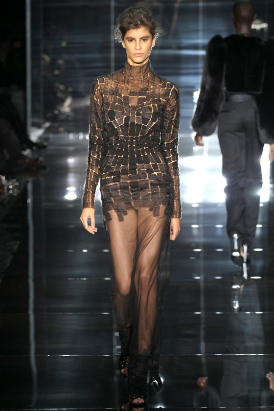 tom-ford-rtw-ss2014-runway-30_205228171631